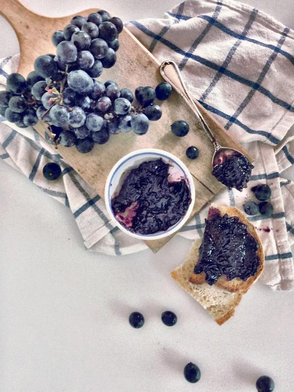 confettura extra di uva fragola - Il Poggio del Picchio