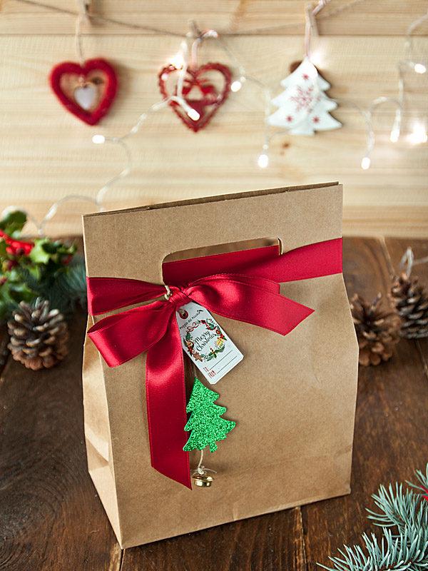 Il Poggio del Picchio - confezione regalo Natale kit degustazione marmellata artigianale busta elegante carta kraft fiocco raso rosso