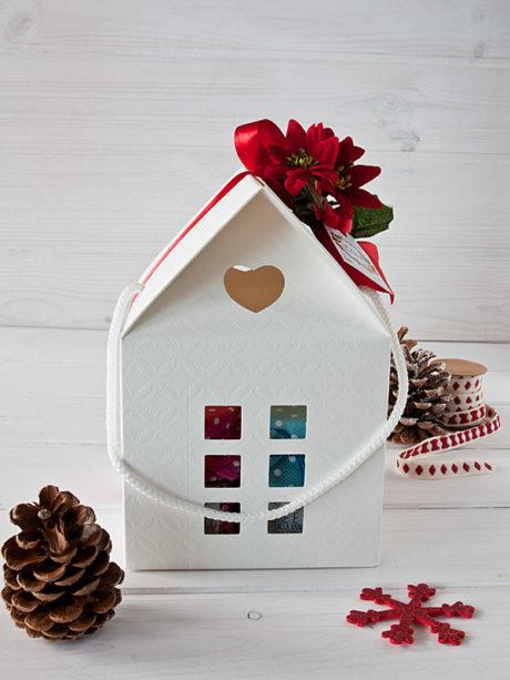 Il Poggio del Picchio – confezione regalo Natale 2017 casetta bianca 4 vasetti confettura artigianale particolare