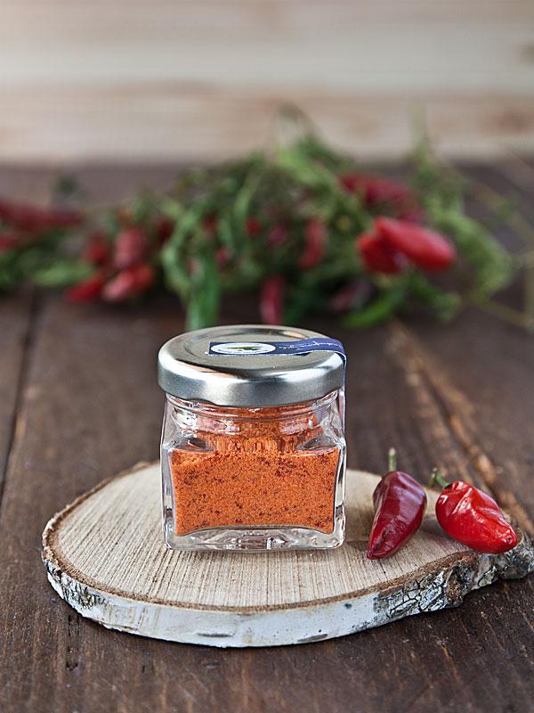 sale marino integrale artigianale aromatizzato al peperoncino - il poggio del picchio